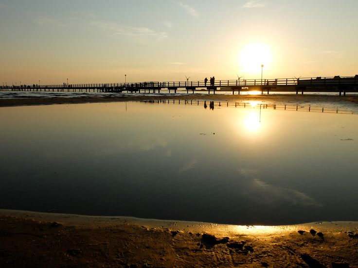 One of the best summer places in Sweden is Falkenberg, beautiful sunsets, beach paradise and a charming little town full of cafes, parks and cozy places to have picnic by the river. Location:...