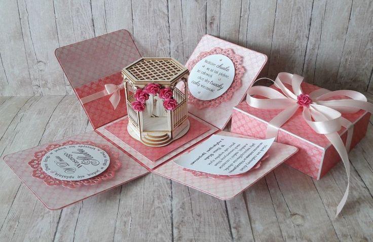 Różowe pudełko z okazji ślubu