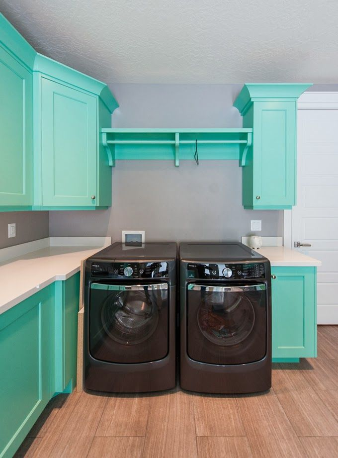 Best 25 aqua laundry rooms ideas on pinterest basement for Cheap laundry room cabinets