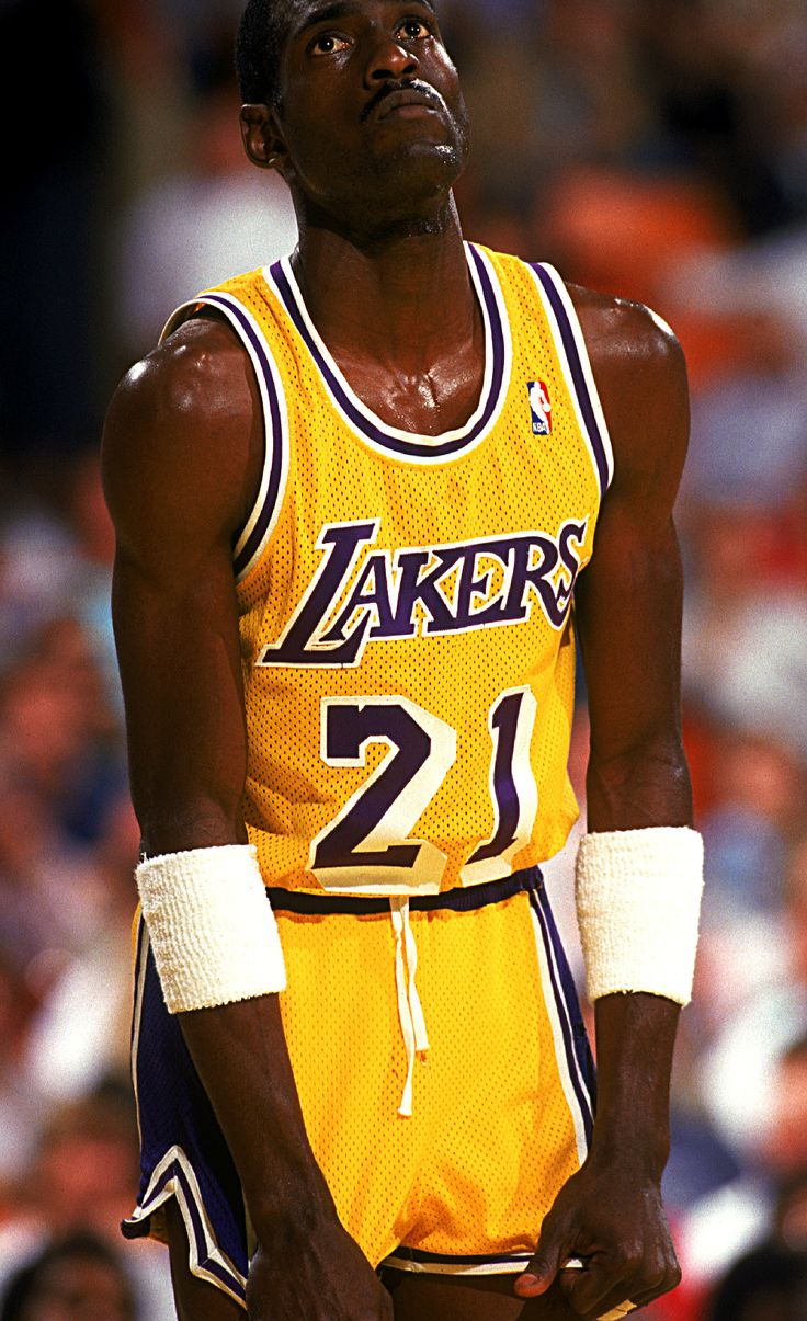 436 best Lakers images on Pinterest