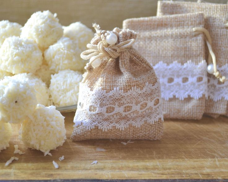 50 Pieces Small Hessian Bag, Burlap, Jute Bag/Gift Bag/Wedding Favours/Rustic/Shabby Chic/Barn Wedding by MaisiuDesigns on Etsy