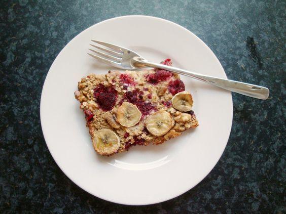 Dieses sättigende clean eating Frühstück hat letzte Woche jeden Morgen auf mich gewartet. Lecker, gesund und der beste Teil daran: Ich musste dafür nicht täglich am Herd stehen. Ich habe mir einfac...