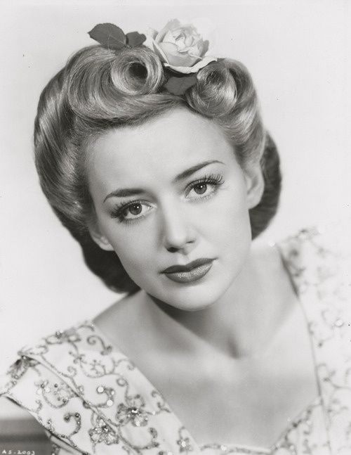Todays 1940s hair and makeup inspiration from Anne Shirley (April 17, 1918 – July 4, 1993)