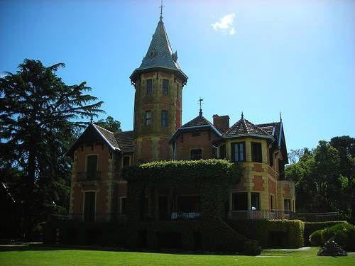 Castillo La Raquel – Castelli. Argentina
