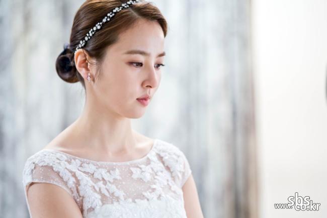 성유리 웨딩드레스 - Google 검색