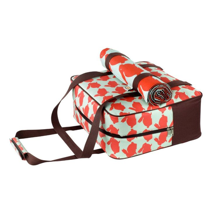 Bouncing bunny fun with this lovely picnic blanket and cool bag x