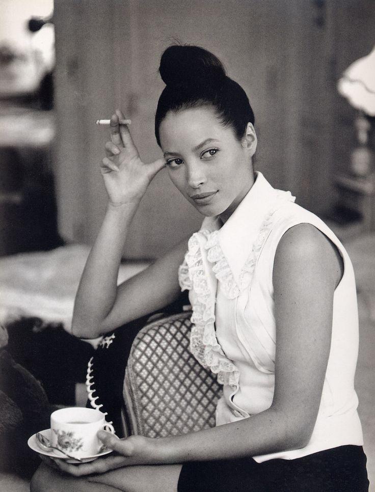 Le grand hotel - Vogue Italia (1993) Model: Christy Turlington