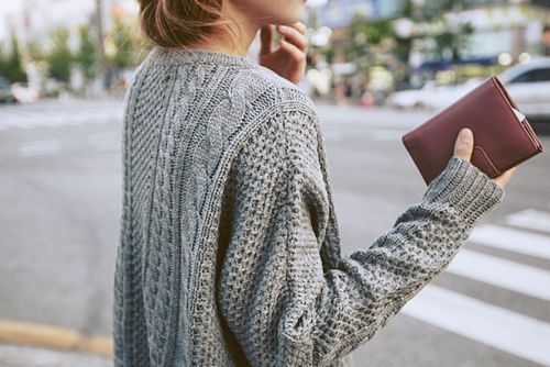 . . cable knit . .
