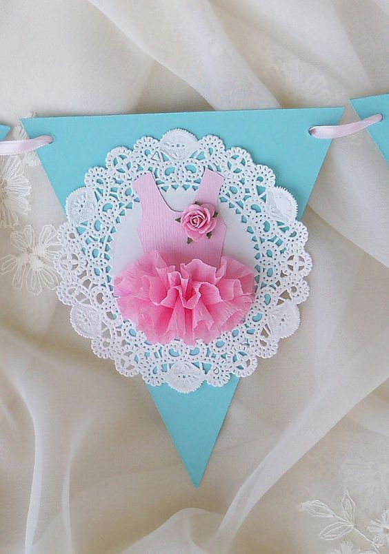Banderines para baby shower de ballet - http://manualidadesparababyshower.net/banderines-para-baby-shower-de-ballet/