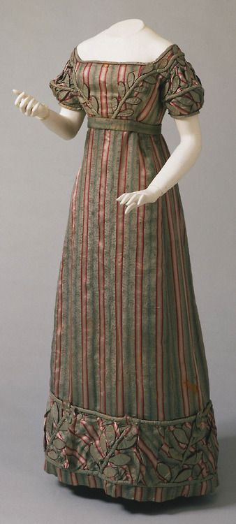 Dress 1823 - The Philadelphia Museum of Art