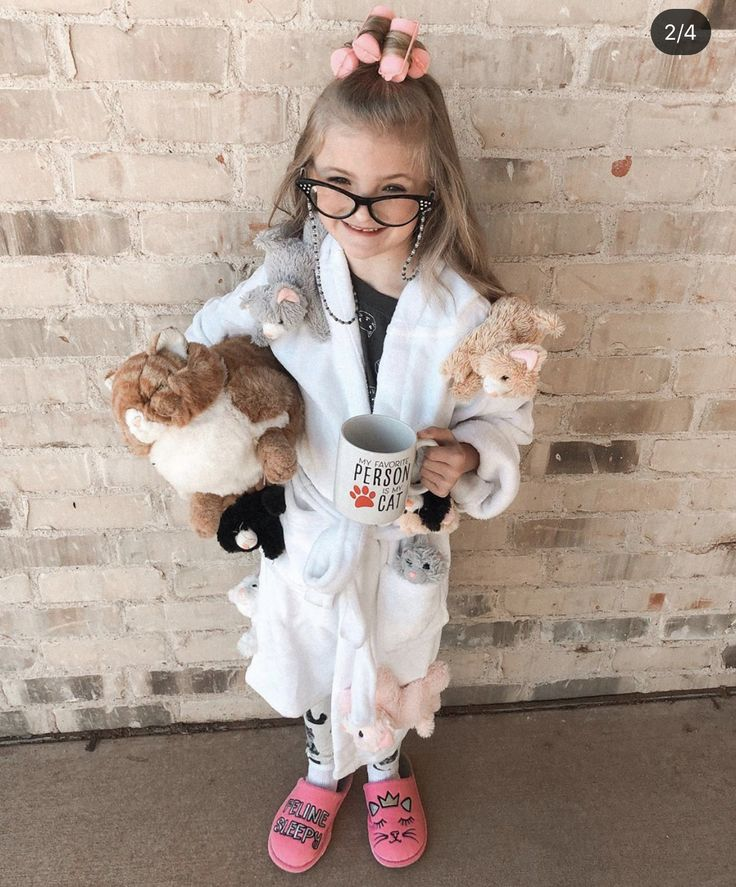 Pin by Claire Cozad on Halloween Costumes (With images