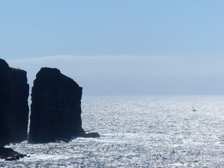 Co. Clare: yacht, Loop Head.
