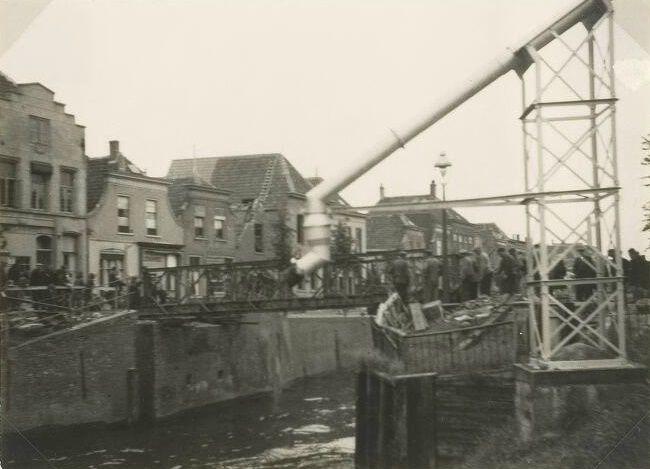 Zuidhaven, zicht op de Noordhaven vanuit de Oude Kerkstraat