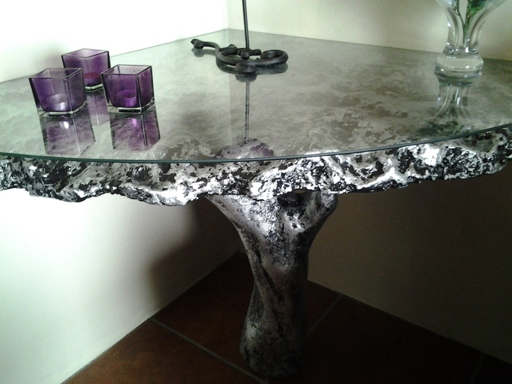 Powertex table made by IDEAS BY ALETE