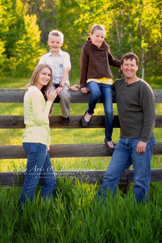 17 best ideas about outdoor family portraits on pinterest for Fall family picture ideas outside