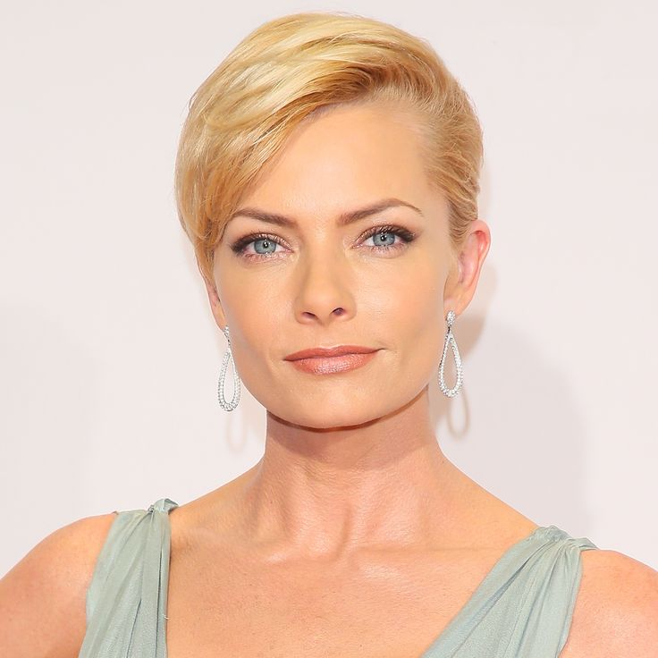 Jaime Pressly's Changing Looks - 2016 from InStyle.com