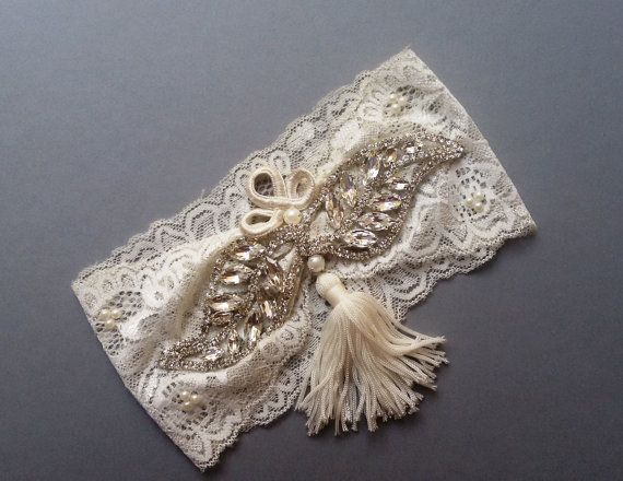 Wedding garter Garter Wedding leg garter Ivory by UniqueCeremony