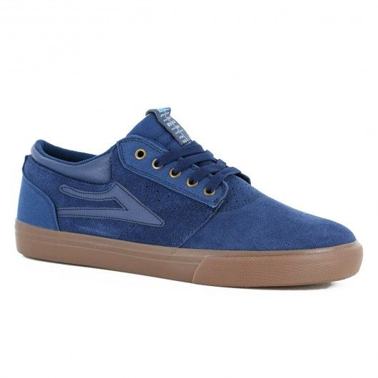 #shoes #skateshoes #chaussure #chaussures #chaussuresdeskate #lakai #lakaifootwear #lakaishoes LAKAI Griffin navy gum suede chaussures de skate 85,00 € #skate #skateboard #skateboarding #streetshop #skateshop @playskateshop