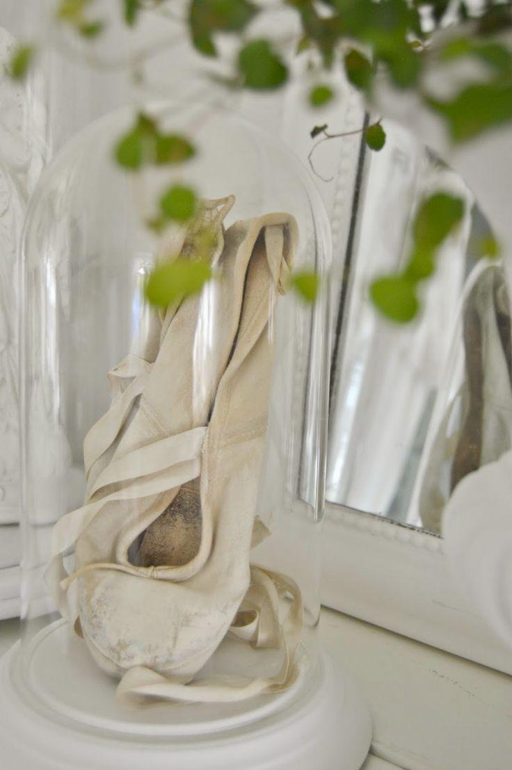 """~ hagbacken.blogspot.se ~: Vita balettskor (tåspetsskor) och en uppdatering från """"sjukstugan"""""""
