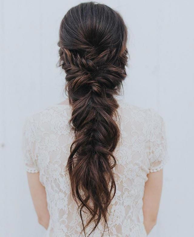 Half Up Wedding Hair Ideas | 42 Half-Up Wedding Hair Ideas That Will Make Guests Swoon On Your Big Day | POPSUGAR Beauty #Shorthairprom