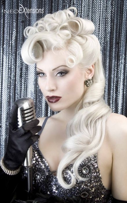 Pin Up Hair. I need to learn how to do this.