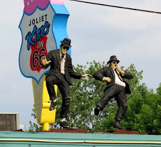 Blues Brothers on a Route 66 roof in Joliet, Illinois...ya...been there...LOVE the blues brothers !!! ..old joliet jake!!