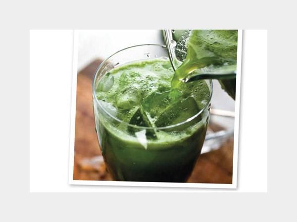 25 Delectable Detox Smoothies: Morning Glorious http://www.prevention.com/weight-loss/diets/25-delectable-detox-smoothies?s=9