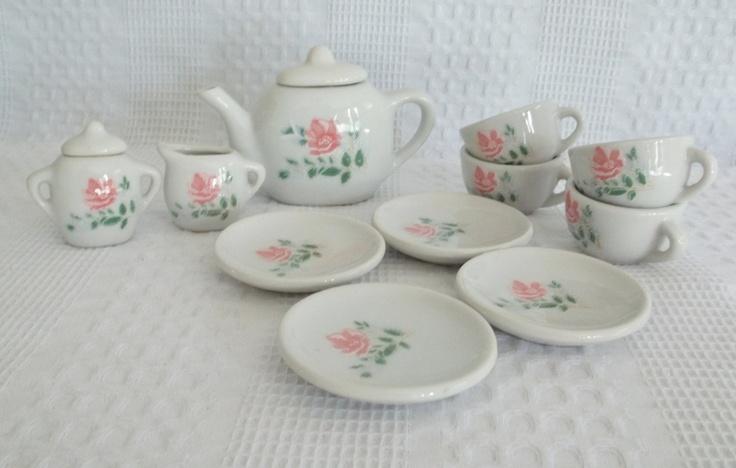 best 10 porcelain tea sets ideas on pinterest chinaware sets coffee and tea saucers and tea. Black Bedroom Furniture Sets. Home Design Ideas