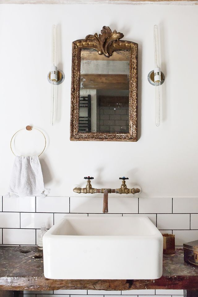 19 Beautiful Bathroom Mirror Ideas That Ll Instantly Upgrade Your
