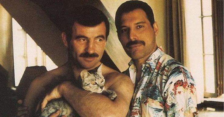Rarely Seen Photos of Freddie Mercury with His Long-Time Love Jim Hutton