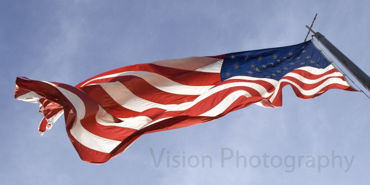 american flag flying rules