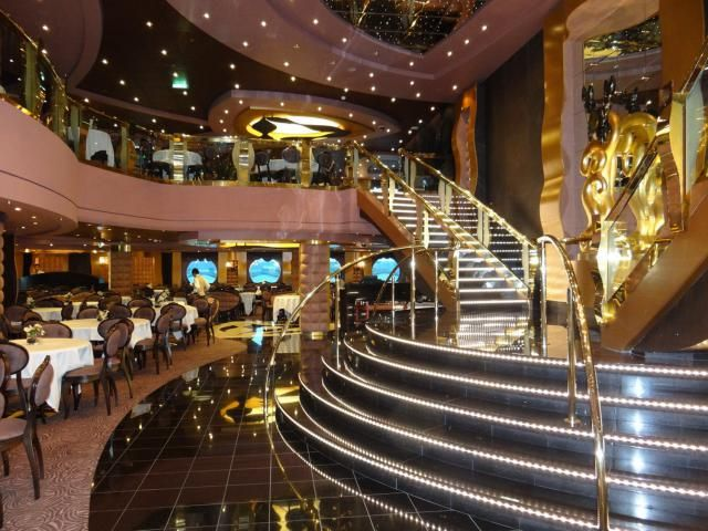 Information on the diverse dining venues on the MSC Divina cruise ship