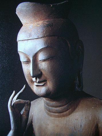 National Treasure : Miroku Bosatsu.  弥勒菩薩