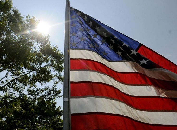 memorial day flag flying rules