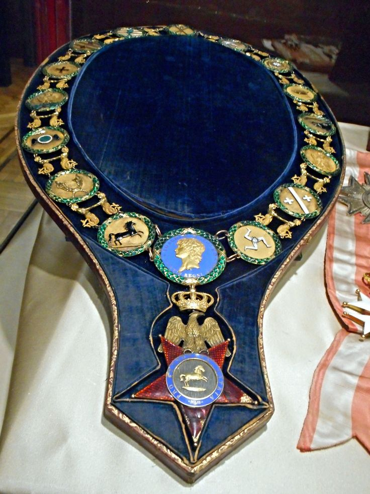 https://flic.kr/p/uBaRZS | Collar of Order of Two Sicilies (1813), belonged to Murat - gold and polychrome enamels - Naples, San Martino Museum