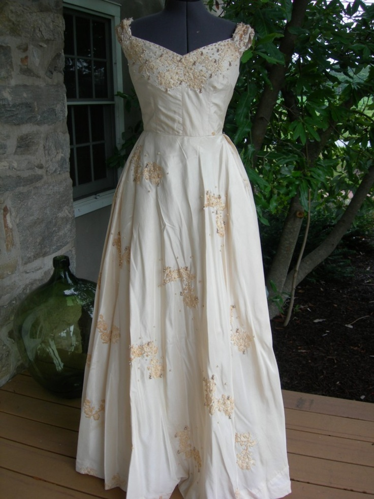 Pin by charlotte tidwell on wedding ideas pinterest for Discount wedding dresses charlotte nc