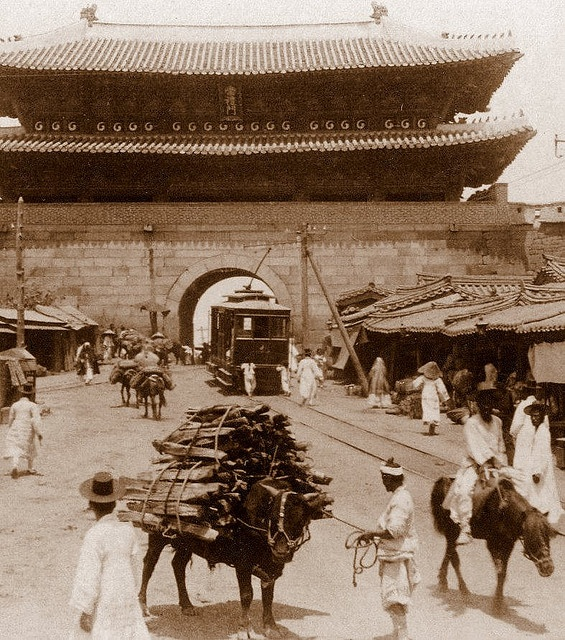 American Electric Trolley at the SOUTH GATE of SEOUL, 1903 by Okinawa Soba, via Flickr. Photo by HERBERT G. PONTING, 1903