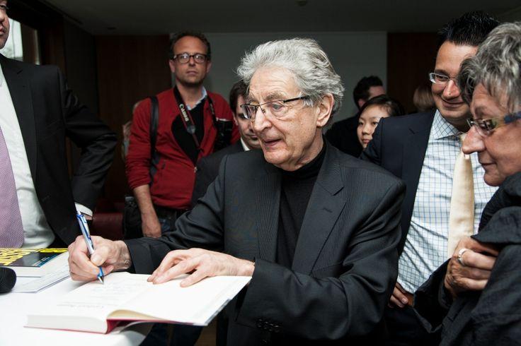 Gerhart Baum u.a. bei der Veranstaltung mit Christian Lindner in der Kanzlei baum Reiter & Collegen am 25.04.2012