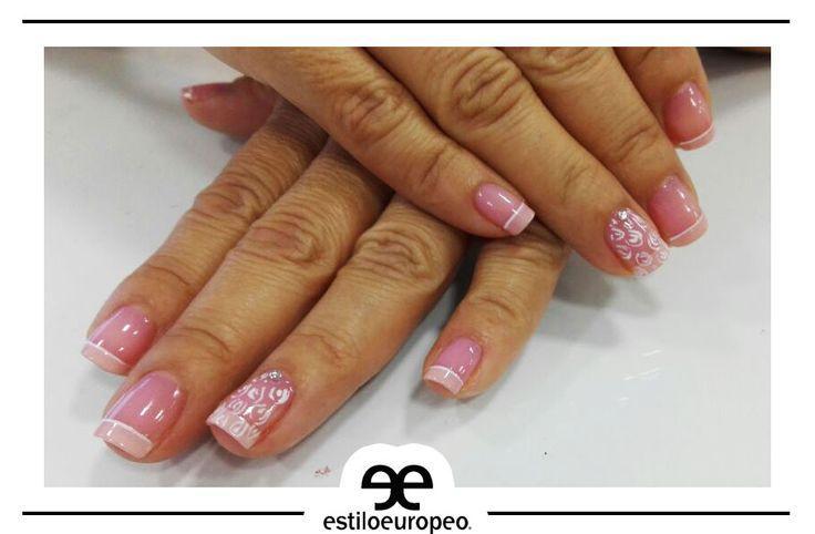 Para las más clásicas que conservan su estilo rosado pastel acompañado de blanco 😍💅😍💅 ¡Sencillamente divino! Ven y lleva el tuyo Calle 10 # 58-07 B/ Santa Anita Citas: 3104444 ¡Dale a tu #Lunes Estilo Europeo!