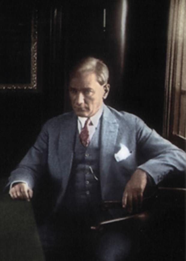 Atatürk 'ün renkli  fotoğrafları