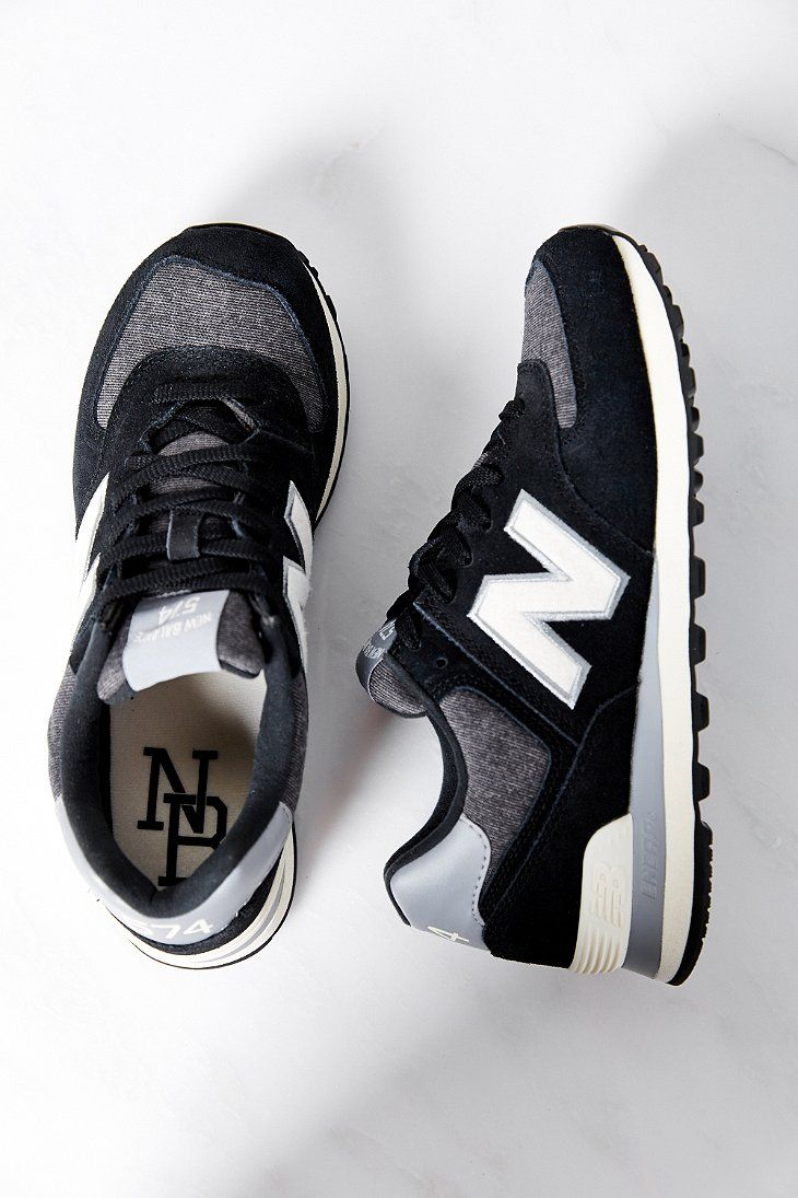 new balance 574 runner suede trainers in black