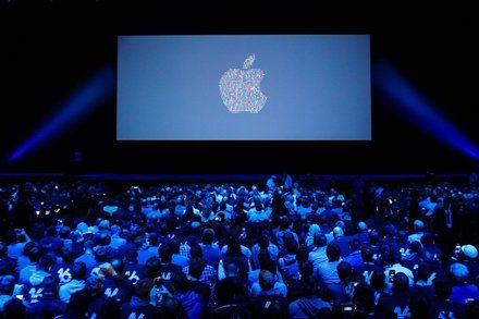 Apples WWDC: What to Expect at the Developers Conference Major upgrades to Apples operating systems are expected as well as a possible announcement of a smart speaker featuring Siri. Technology Computers and the Internet iOS (Operating System) Speakers (Audio)