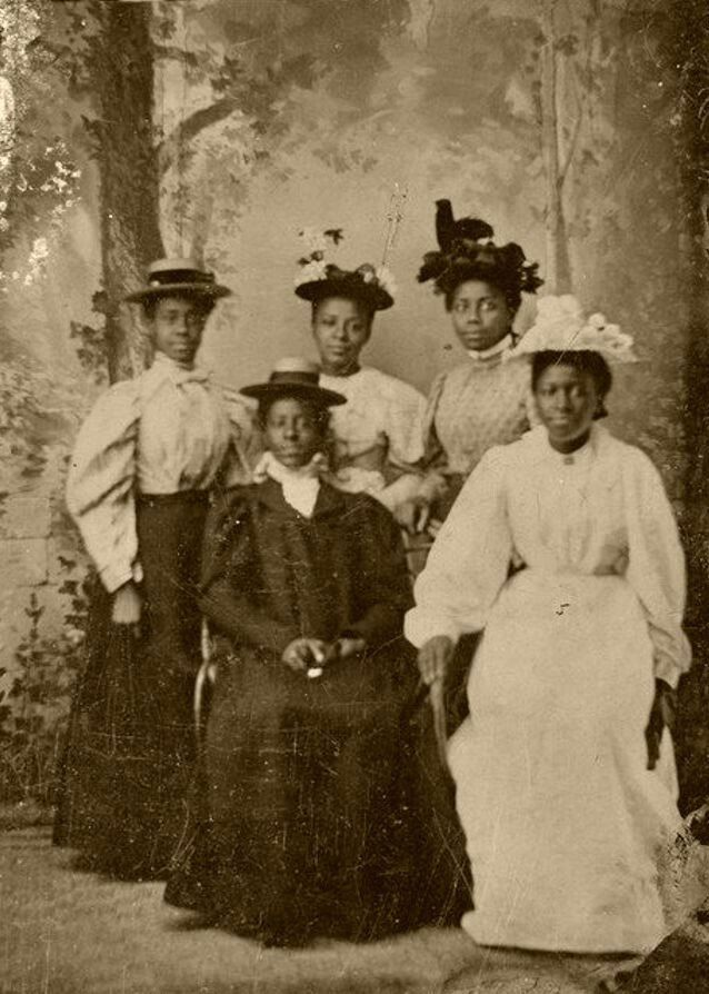 Vintage African American Old Photo Beautiful Pretty Older Woman Black Americana