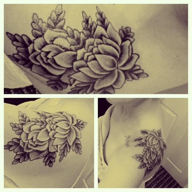My newest #shoulder #tattoo #lotus #flower    http://freedominktattoos.com/