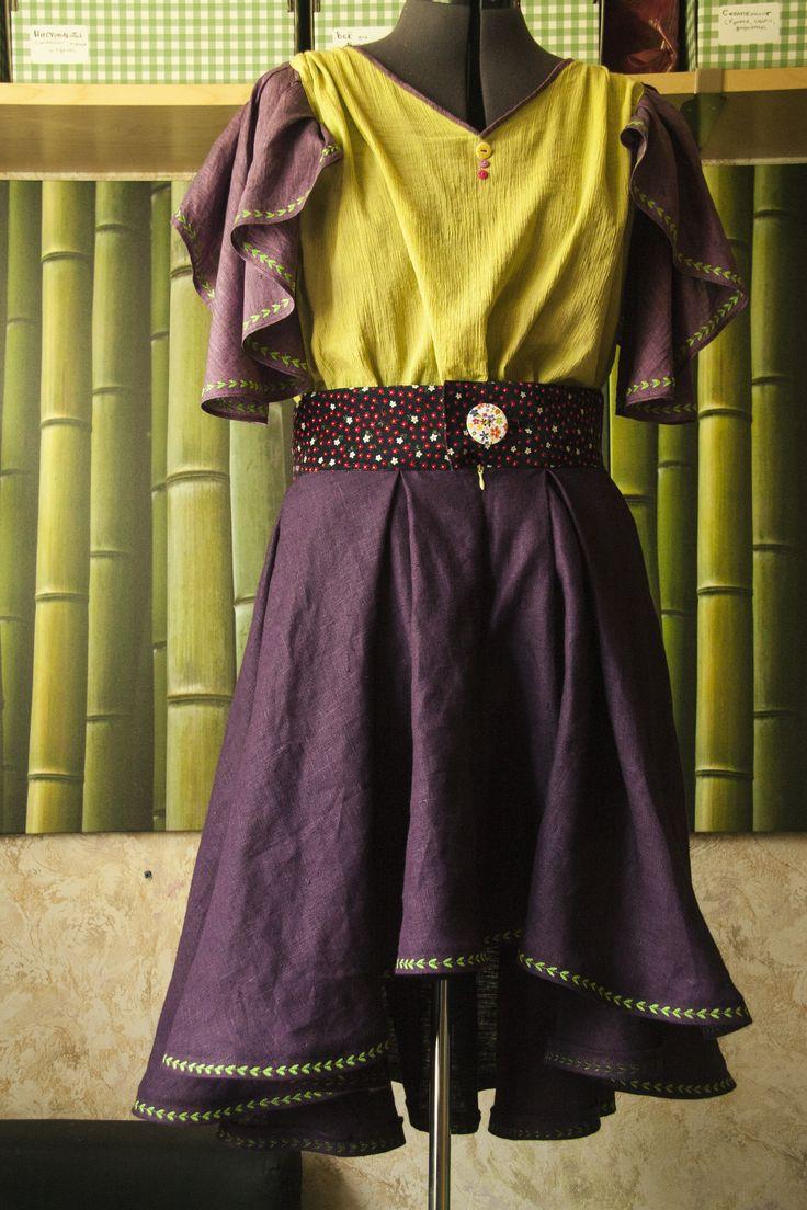 Топ и юбка ручной работы юбка 4000 р топ 4000 р вышивка, декоративные пуговицы, лён, разреженный хлопок