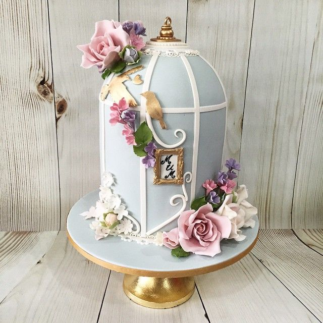 Vintage Bird Cage Cake - For all your cake decorating supplies, please visit craftcompany.co.uk