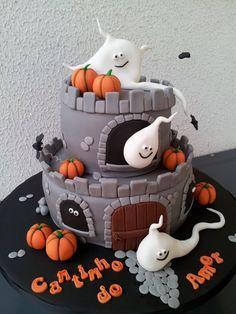 designer halloween cakes - Google Search