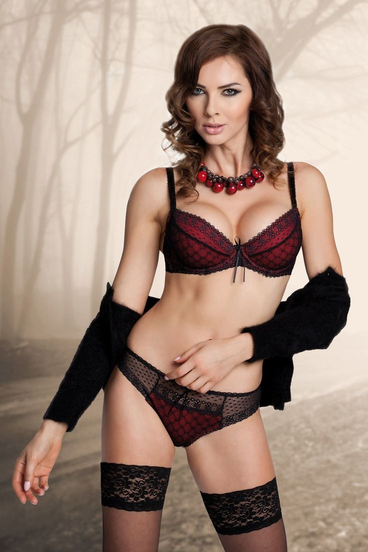 kelly mature personals Mature dating community if you are older and interested in dating, then mature dating community is the place for you to discuss the special  kelly james mature .