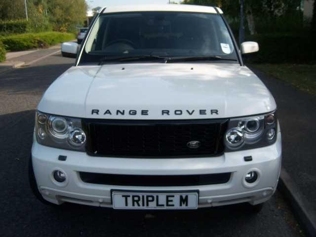 "2008 Range Rover Sport 3.6 TDV8 HSE 5-door auto estate. White. 22"" alloys. Click on pic shown for loads more."