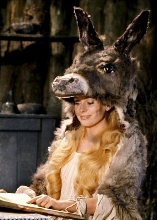 Peau d'âne - Deneuve (1970)